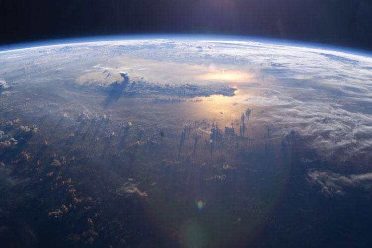 تحقیق درباره چگونگی تاثیر افزایش کربن دی اکسید بر دمای کره زمین
